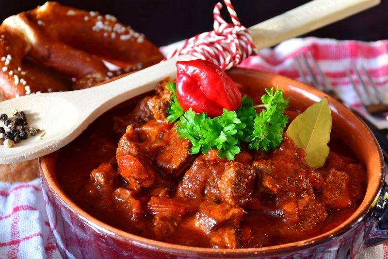 Cordero al chilindrón con y sin tomate