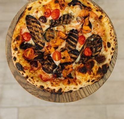 Receta de pizza con base coliflor. Sorprendente, deliciosa y sana